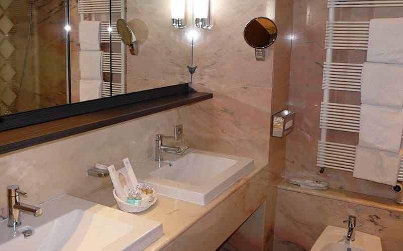 Suite : Salle de bain