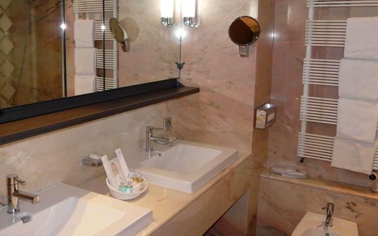 Salle de bain de la chambre Suite